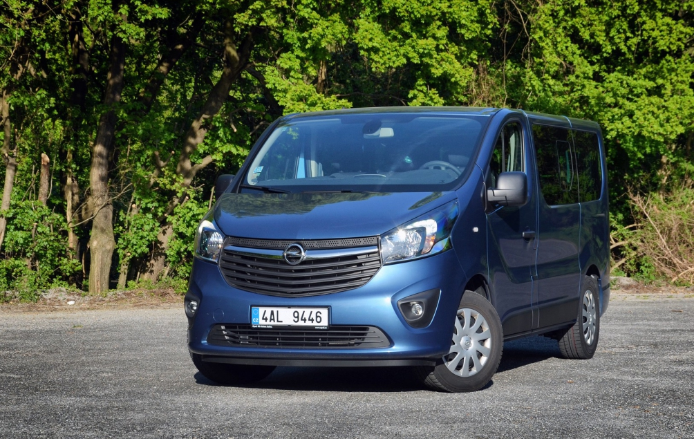 test opel vivaro l stok pros m. Black Bedroom Furniture Sets. Home Design Ideas