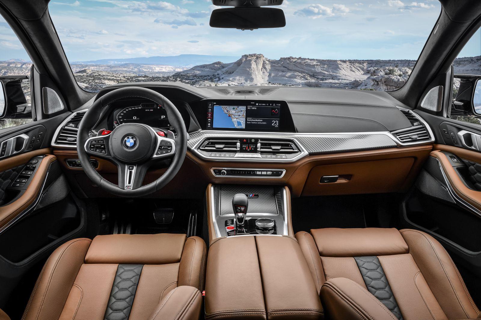 BMW X5 M AUTOGRÁTIS