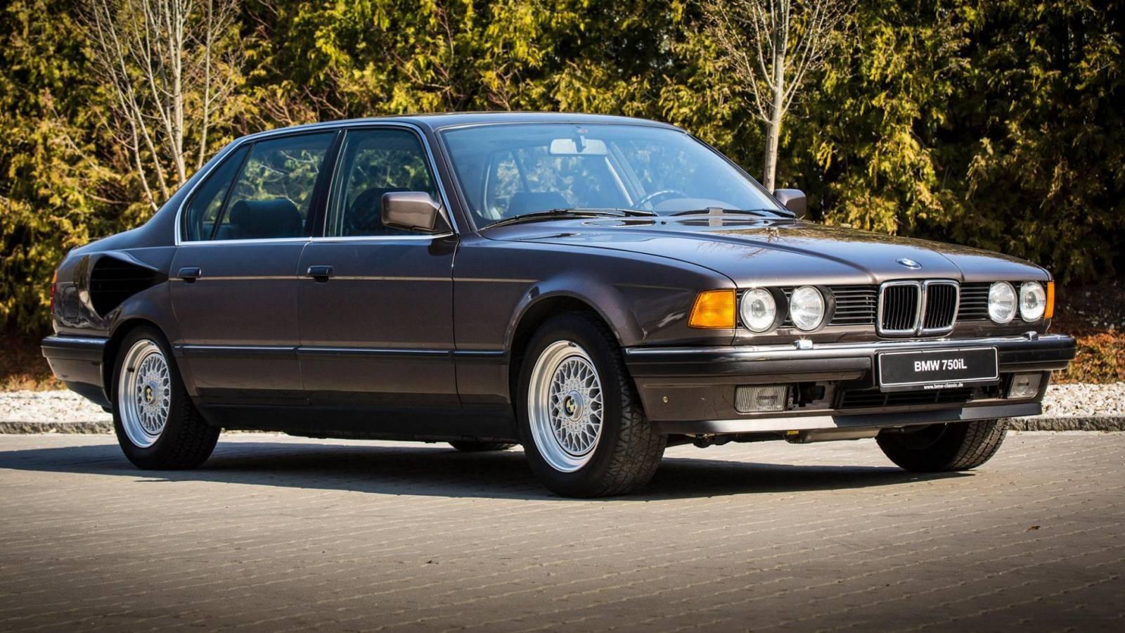 BMW E32 V16