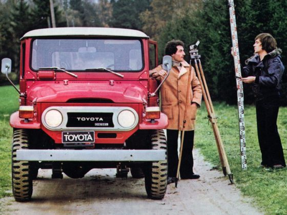 Toyota Land Cruiser AUTOGRÁTIS