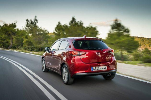 2020 Mazda 2 AUTOGRÁTIS