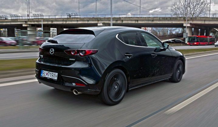 Mazda 3 Skyactiv-X test AUTOGRATIS 1